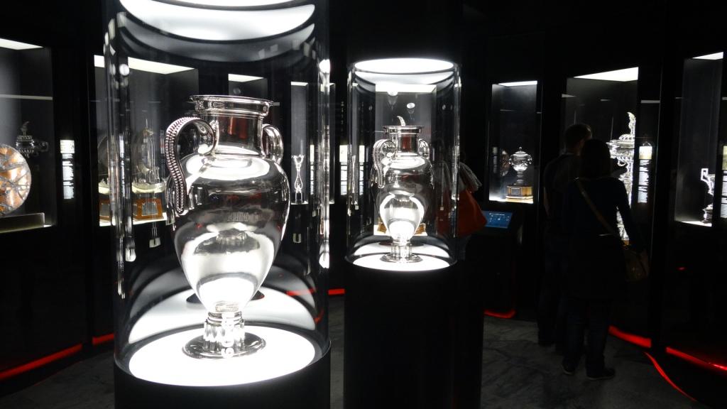 Las dos Copas de Europa del Benfica, en el Museo Cosme Damiao