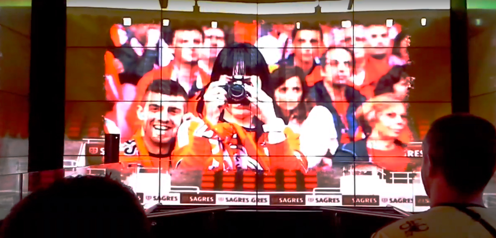 Un momento del viaje en ascensor por la historia del Benfica