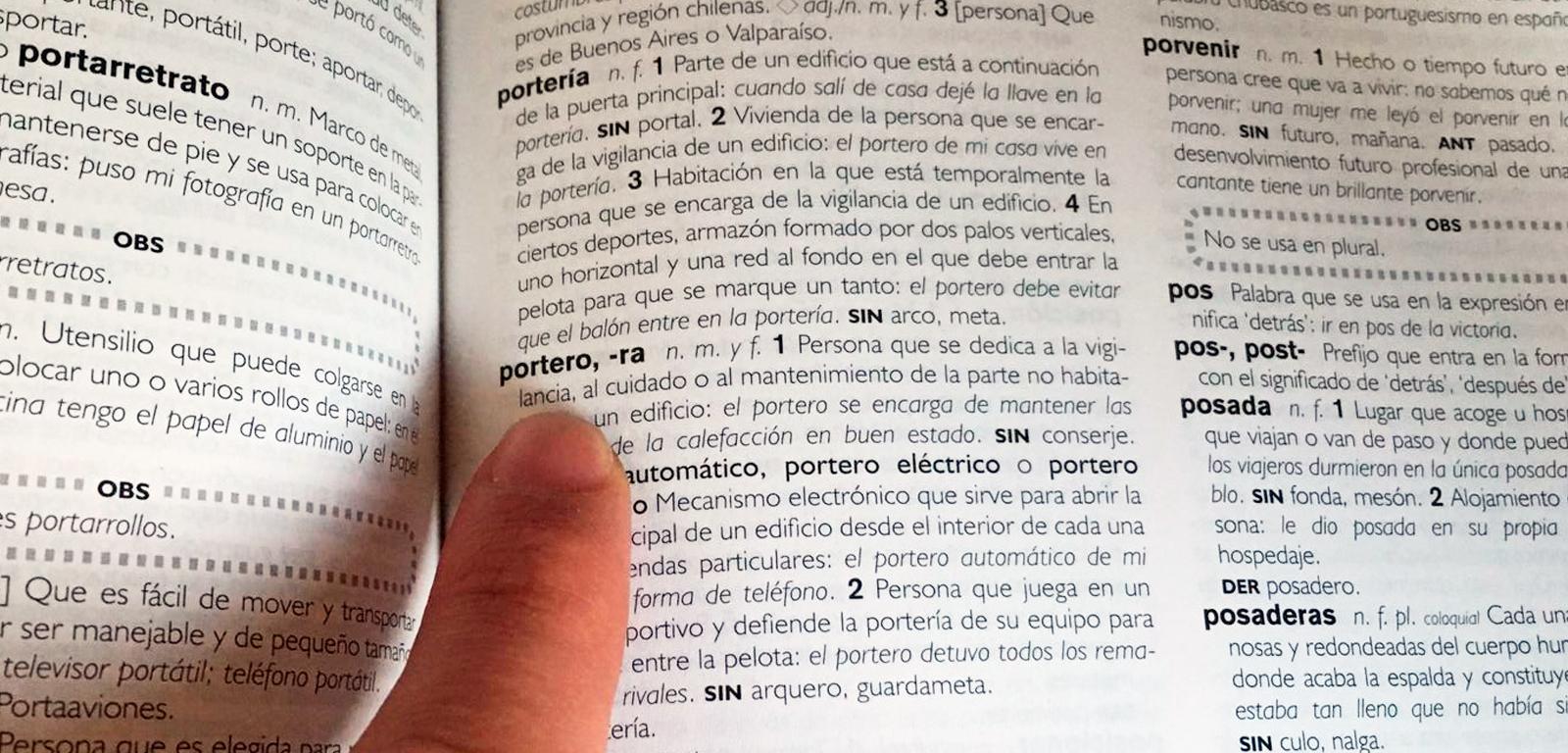 La definición de portero en el diccionario / PDF