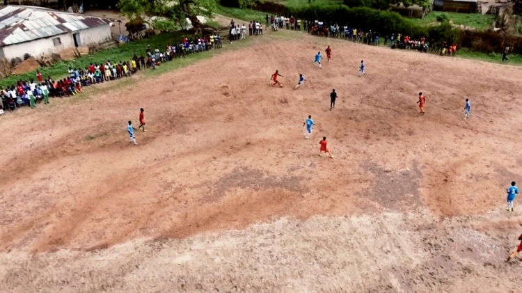 Un partido de fútbol en Senegal / 'MADE IN SENEGAL'